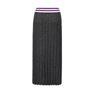 Elegant lady mixed lurex long black pleated skirt