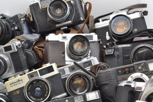 -junk product- Japanese camera Digital camera,film camera,lens,etc.   Many popular and rare products are also mixed