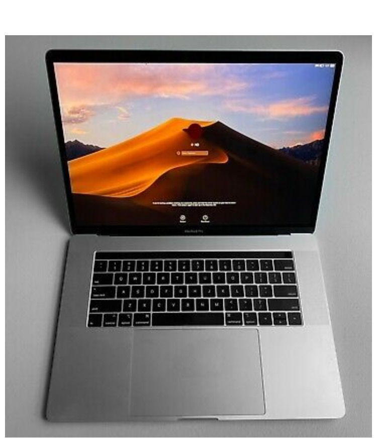 Apple MacBook Pro 15 inch RETINA / QUAD i9 1TB SSD / 64GB