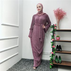 Popular Design Arabic Muslim Elegant Slim Hip Pleated Dubai Abaya Dresses Women  Islamic Clothing