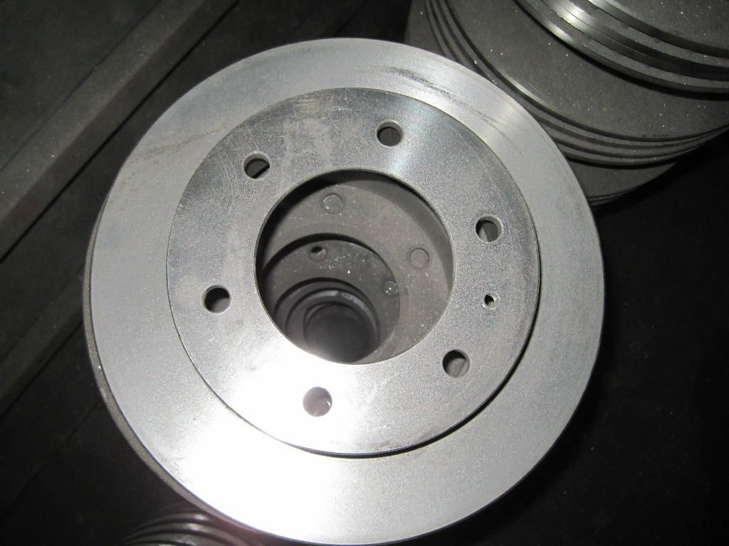 Automobile fittings casting