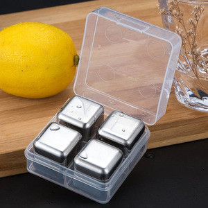 Set of 8 pcs Stainless Steel Wisky Chiller Stone Ice Cubes with Tong for Bar accessories