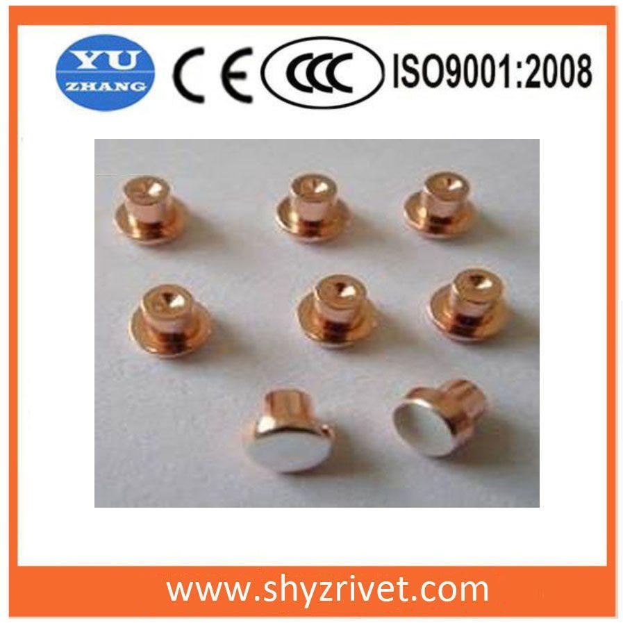 Rivet contact for circuit breakers