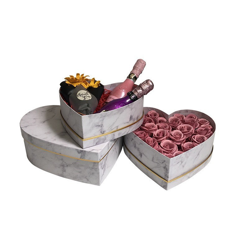 2018 luxury gold foil logo marble printed paper flower box custom heart packaging with chocolate wholesale