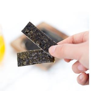 Roasted Crispy Korean Seaweed Snack with Rice Backed