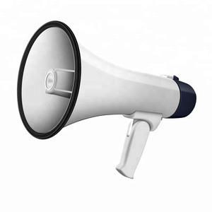 Portable loudspeaker amplifier for tour guide