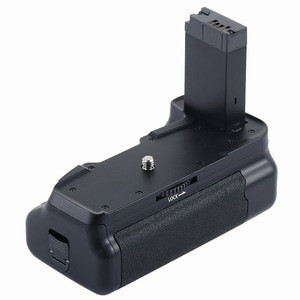 Free Gift PULUZ Vertical Camera Battery Grip for Canon EOS 800D
