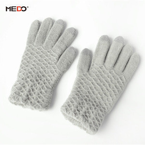 New custom-made warm touch screen gloves plaid gloves gray black gloves