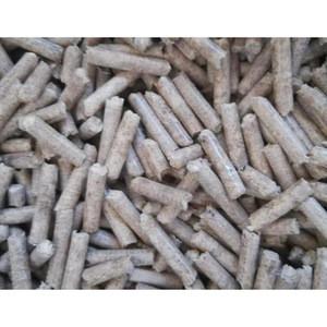 Cheap Price 6mm/8mm 15kg/25kg Bag Low Ash High Heat Value Biomass Fuel Pine Oak Wood Pellets Wood pellets price ton