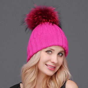 Wholesale large raccoon fur ball knit hat knit beanie cap winter hats with pom poms