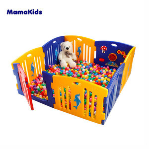 Mamakids H0805B Indoor Outdoor 8 Panel Safety foldable plastic baby playpen