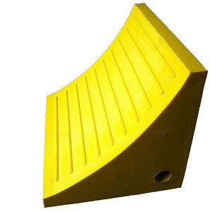 Polyurethane Wheel Chock With Handle For Large Equipment UWC11