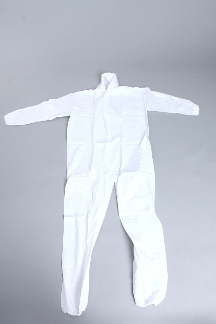 CE and FDA certified Medical Gowns, Protective Coveralls