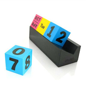 Factory Aluminum perpetual calendar cubes of desk calendar with metal