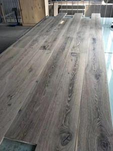 V-groove Oak Engineered Solid Wood Flooring Laminate
