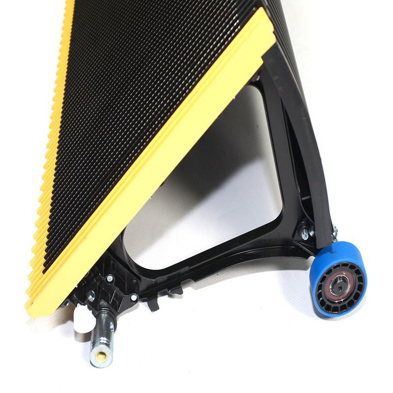 Escalator step roller pallet stainless steel demarcation comb plate yellow black