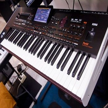 Newly Stock Korg PA4X 76-Note Professional Arranger Workstation Keyboard with speaker system Original