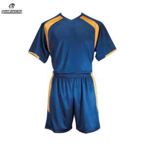 New Design Custom Soccer Uniform/Jersey