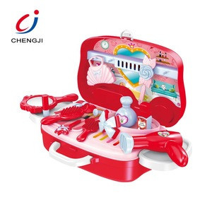 Cosmetic pretend role play portable suitcase plastic girls toy makeup set for kids