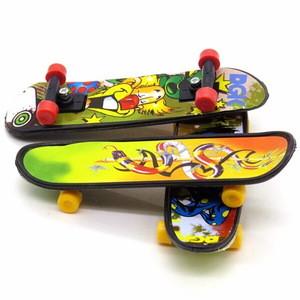 Custom Mini Plastic Alloy Tech Deck Maple Finger Board Skateboard Toys For Sale