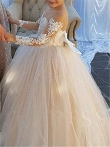 Illusion Appliques Scalloped Neckline Long Sleeve Girl Wedding Dress WF126