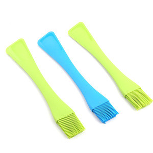 2 in 1Dual-Sided Heat Resistant Silicone Brush and Silicone Pastry Scraper for Baking Mixing Decorating Cooking Tools