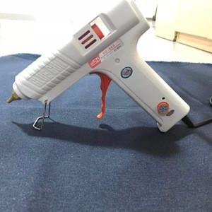 Temperature adjustable glue gun