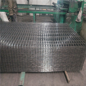 Hot dipped galvanized  1.5x1.5 welded welding iron wire mesh fence